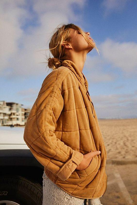 Jacket là gì? Tìm hiểu kiến thức chi tiết về jacket